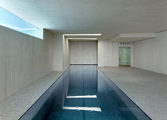 sardinera-house-by-ramon-esteve-studio-architecture-contemporaine-design-intérieur-décoration