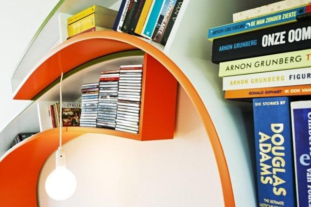 Bookworm-Bookshelf-Helloo-designers