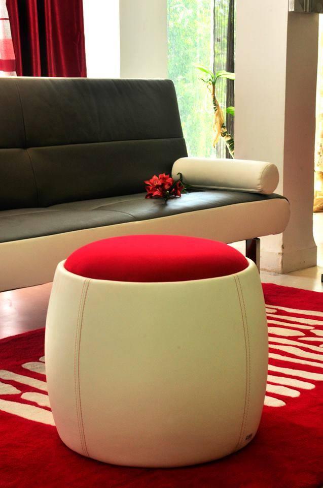 pouf_design_promotion_stanliver_decoration_tunisie_design_deco_boutique_accesoires