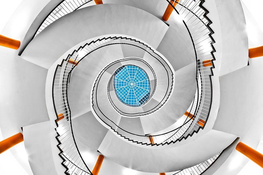 architecture-moderne_Staircase_Photography_escalier