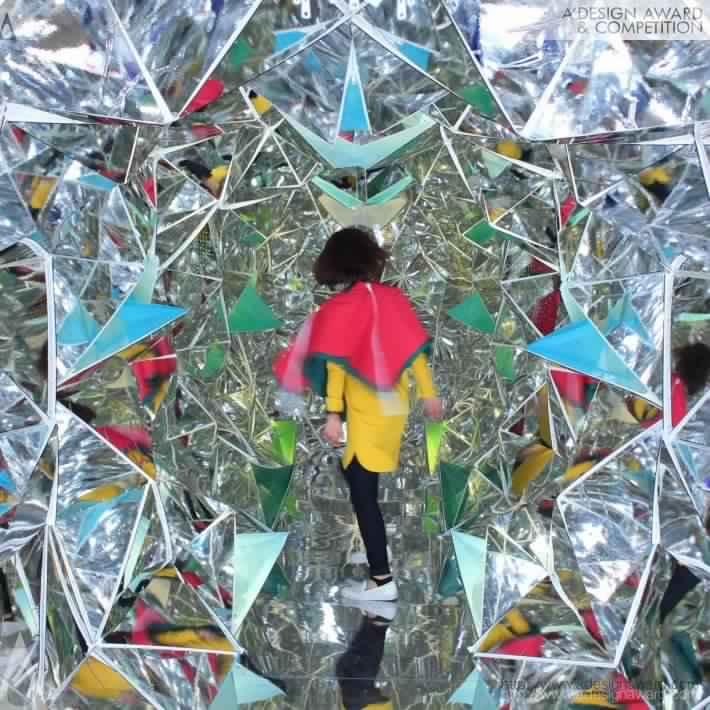 conteneurs-industriels-decoration-installation-Masakazu Shirane-Saya Miyazaki
