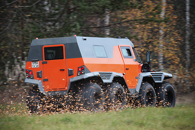 Avtoros-Shaman-8x8-All-Terrain-Vehicle-design-moto