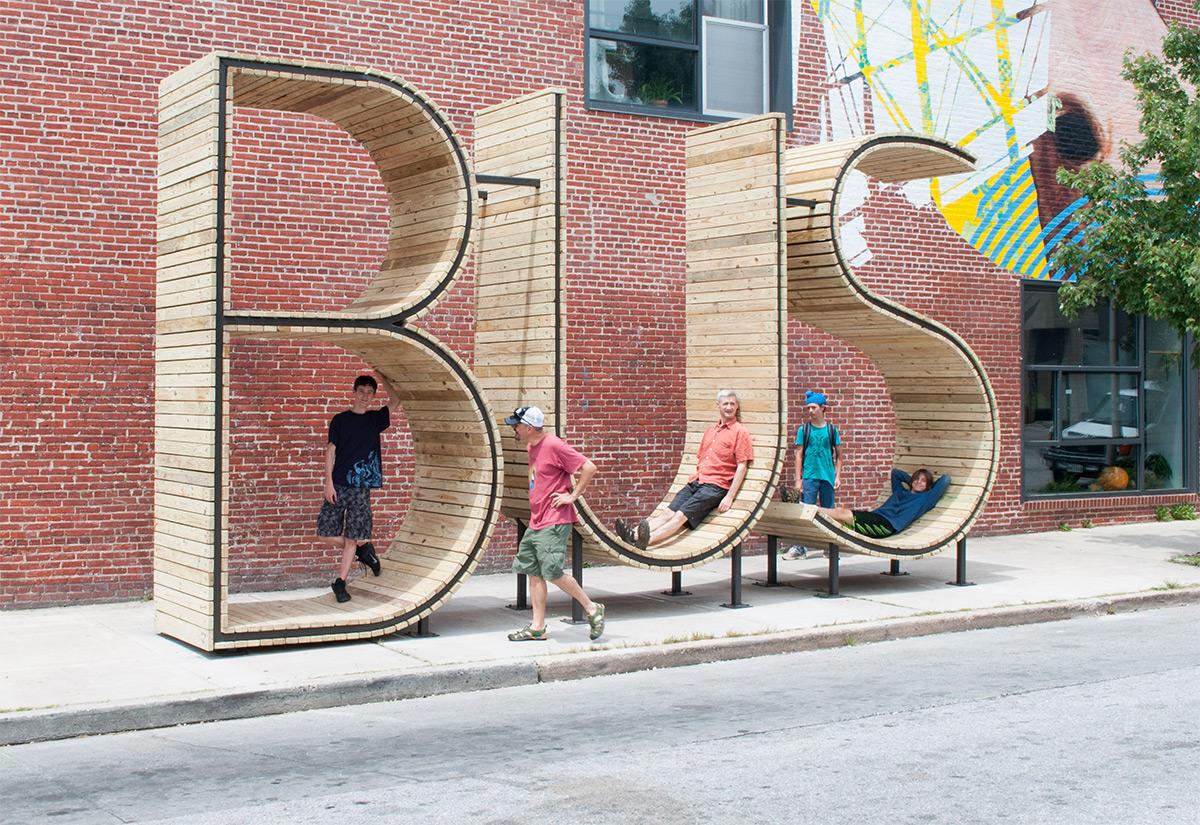 arrêt-bus-géant-design-installation-art5
