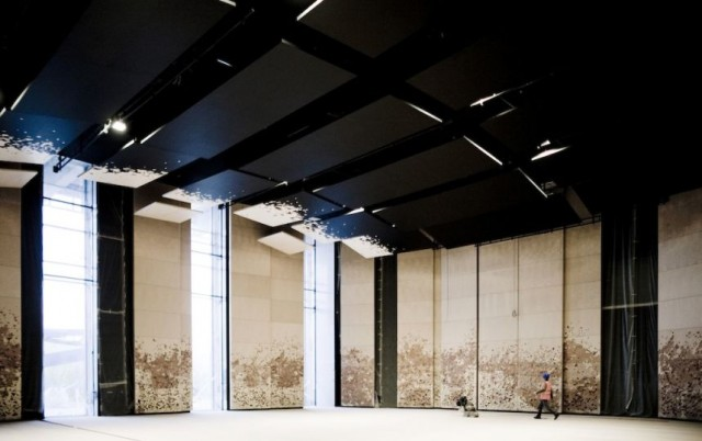 Paris-Philharmonic-bâtiment-architecture-moderne-décoration-intérieur.jpg