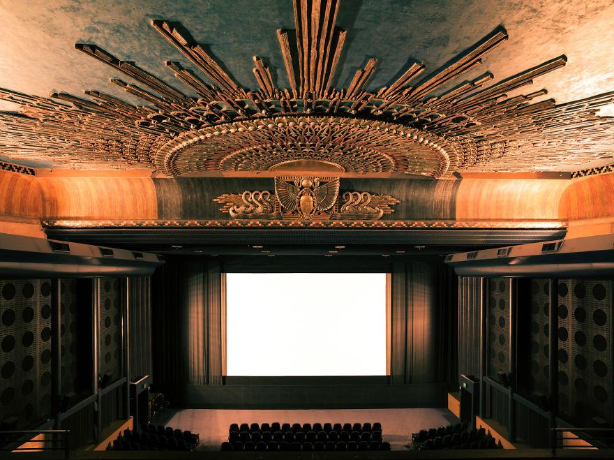 design-intérieur-cinema-décoration-art11