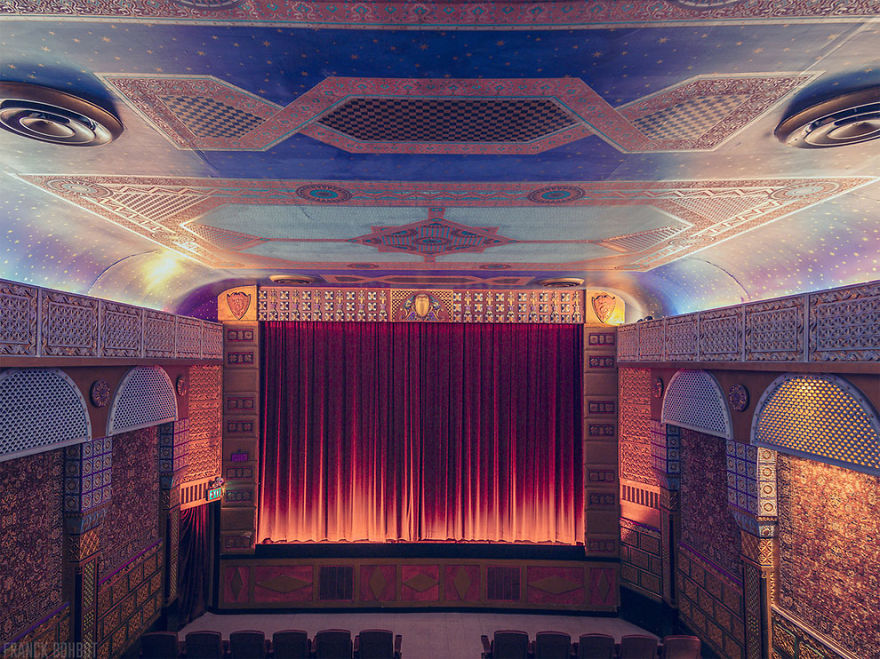 design-intérieur-cinema-décoration-art18