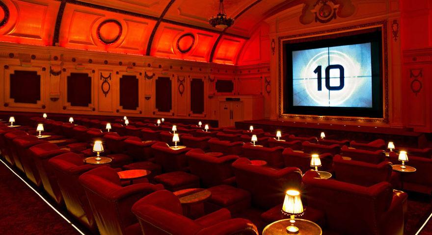 design-intérieur-cinema-décoration-art3