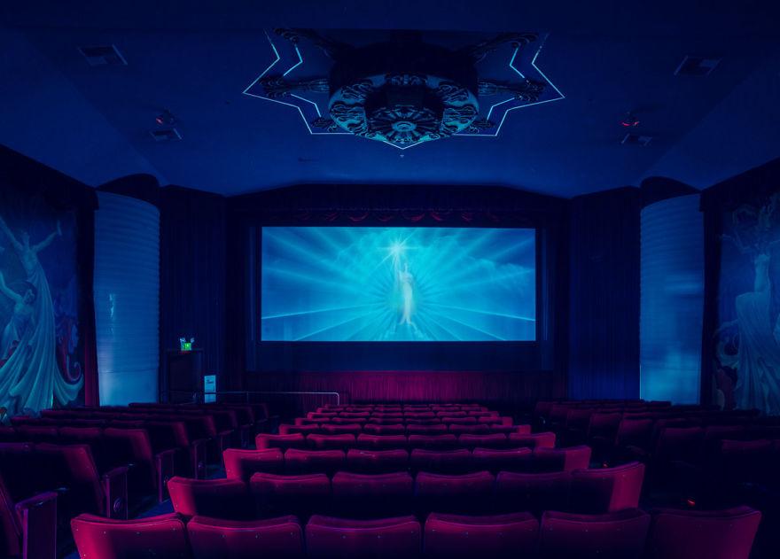 design-intérieur-cinema-décoration-art8