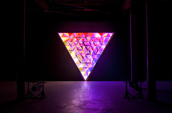 primary-lighting-installation-by-flynn-talbot-lampe-design