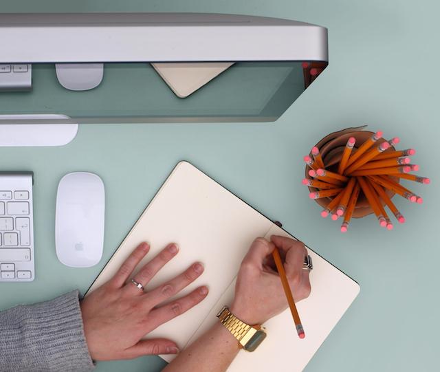 design-produit-pot-accessoire-bureau