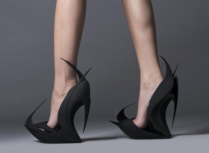 united-nude-re-inventing-shoes-milan-design-week-design-produit