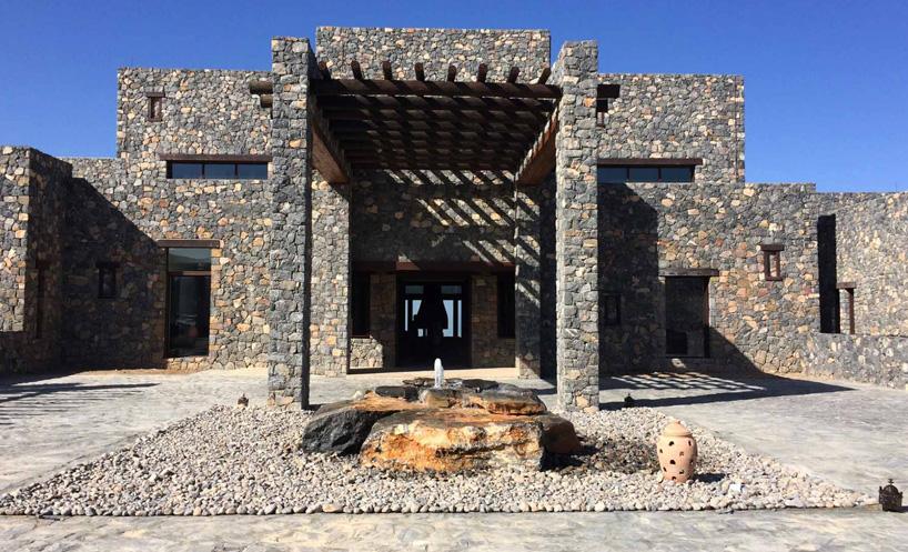 hotel de luxe alila jabal a l'architecture moderne