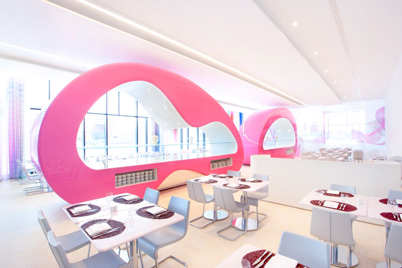 architecture-moderne-designer-karim-rashid-decoration-interieure