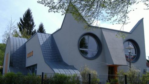architecture-moderne-maternelle-design-décoration